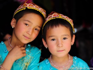 Sisters- kashgar old town