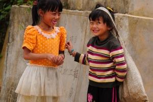 Young girls working Yunnan